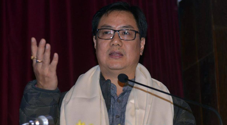 India: Kiren Rijiju criticises AAP and Congress for 'doing politics' over Najeeb Jung's resignation