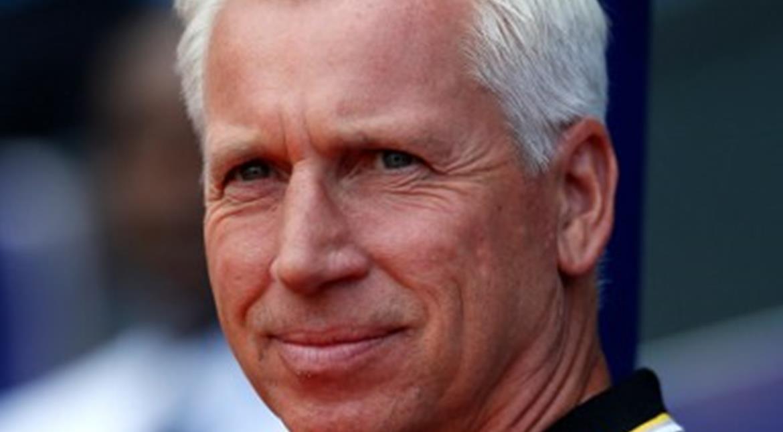 Premier League: Crystal Palace sack Alan Pardew; Allardyce in frame