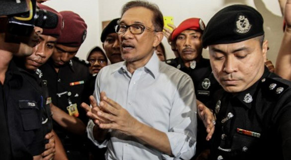 Malaysia: Opposition leader loses final court appeal against sodomy conviction