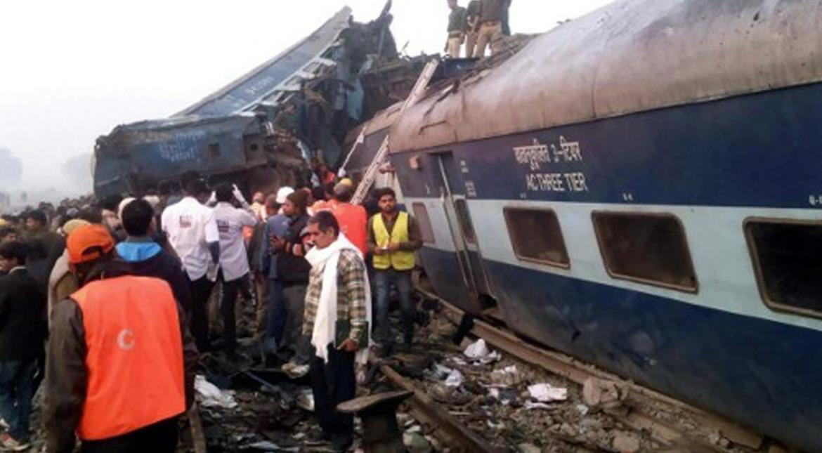 India: 15 coaches of express train derail near Kanpur, at least 62 injured