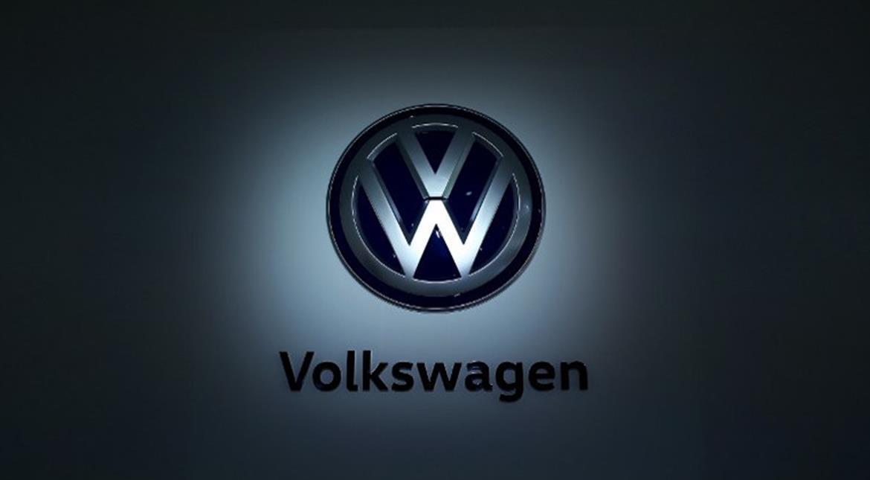 Volkswagen, regulators get more time to seek emissions deal