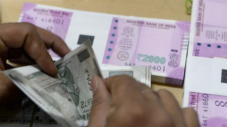 India's PM Modi announces incentives in New Year address