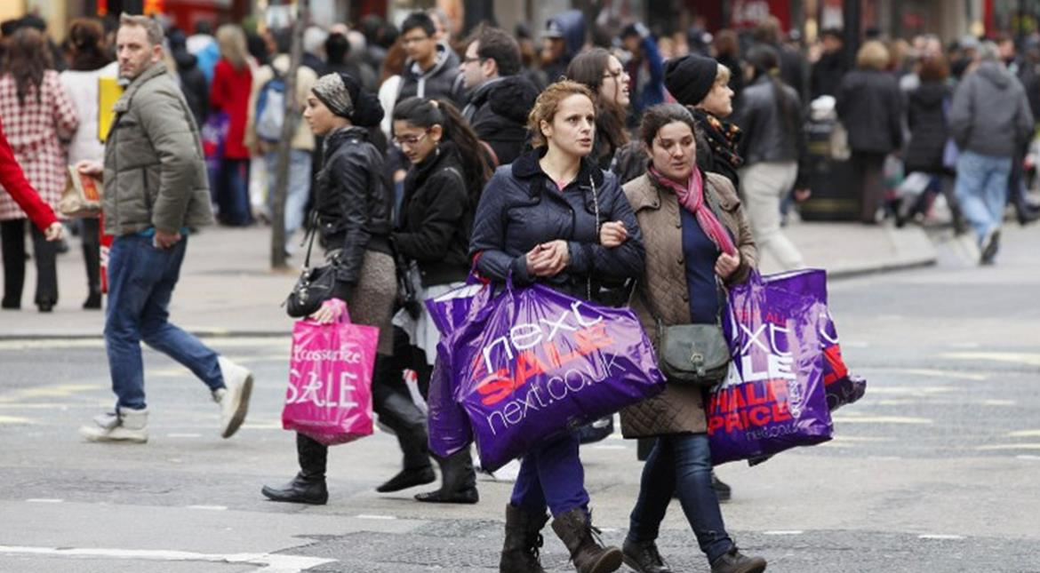 UK Boxing Day online sales up 11.5%, in-person shopping down 6%