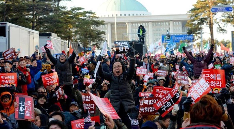 South Koreans celebrate impeachment of President Park