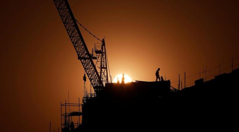 Demonetisation: Indian workers abandon building sites