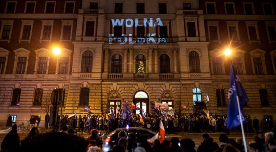 Poland's parliament blocked by protesters as political crisis escalates