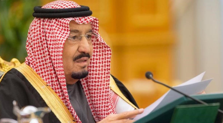Saudi Arabia cuts huge budget deficit despite low oil prices
