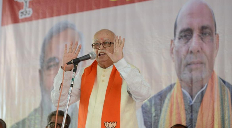 Demonetisation: Veteran leader Advani pushed to brink over Punch & Judy politics