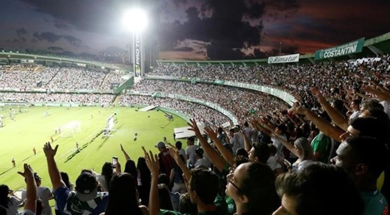 Barcelona invites Chapecoense to play friendly