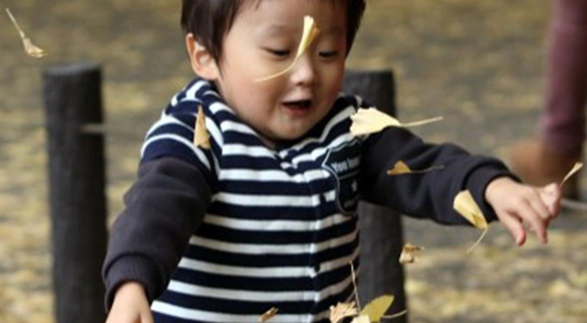 Japan: Number of births likely to be sub-million for first time