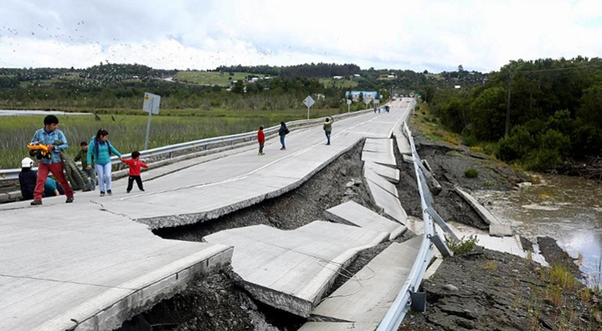 Chile earthquake: Tsunami alert lifted