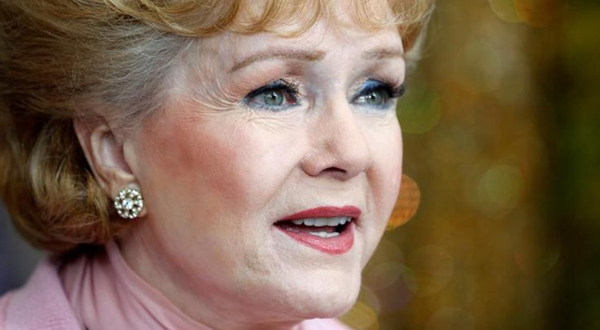 Actress Debbie Reynolds dies day after daughter Carrie Fisher's death