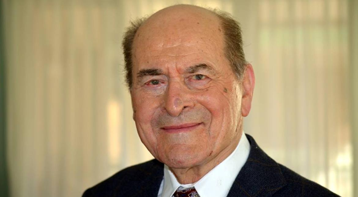 Dr Henry Heimlich, inventor of life saving technique, dies at 96