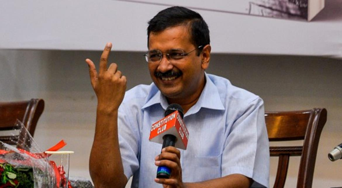 Kejriwal vs Modi power tussle: First round goes to Delhi government