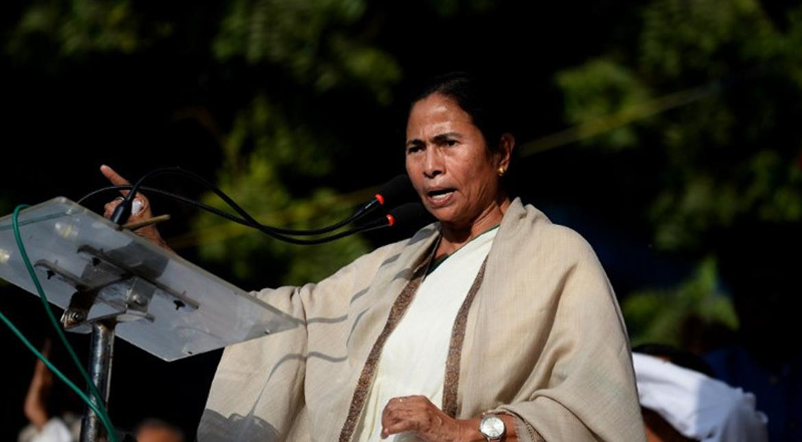 Bengal chit fund scam: After her party legislator's arrest, Mamata calls for PM Modi's arrest