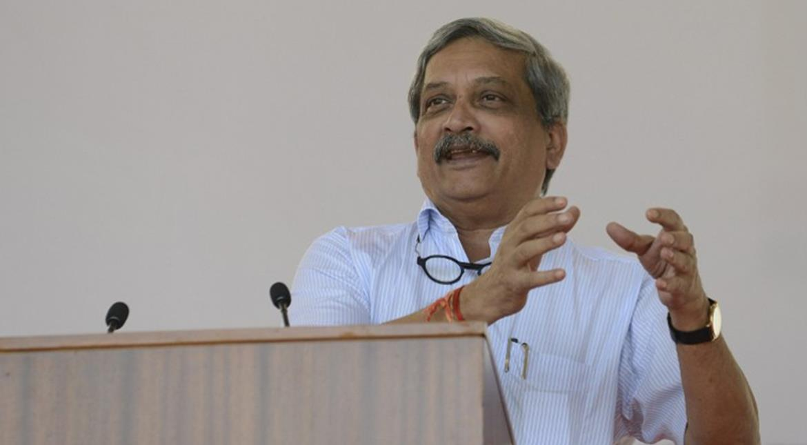 India: Parrikar writes to Mamata, says did not expect this from you