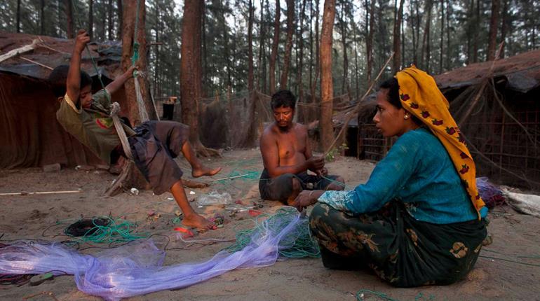 Tensions rise between Myanmar, Bangladesh
