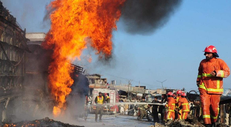 Kenya oil tanker explosion kills at least 25 in fire