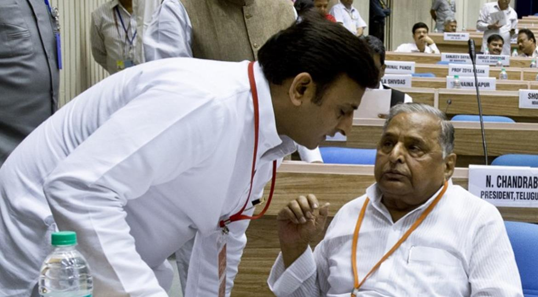 UP election: After Mulayam, son Akhilesh's camp stakes claim to Samajwadi Party & symbol